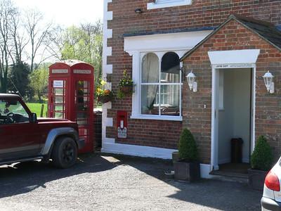 BA12 57 - Upton Lovell, Prince Leopold PH 110408 [location]