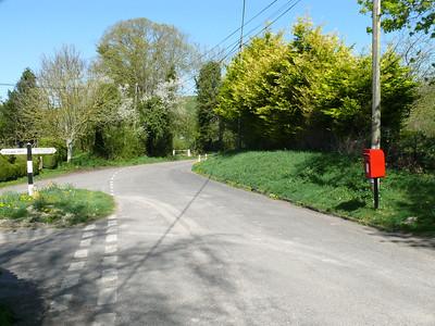 BA12 31 - Upton Lovell 110408 [location]