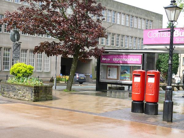 BB11 219 220 - Burnley, Parker Lane 090518 [location]