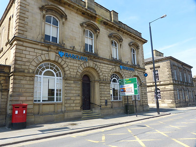 BD21 57  557 - Keighley, North Street  Spencer Street 160508 [location]