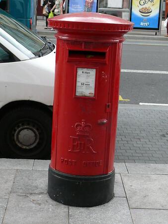 CF10 199 - Cardiff, St Mary Street  Wyndham Arcade 110721