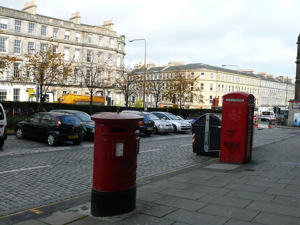 EH7 106 - Edinburgh, Elm Row Post Office 091014 [location]