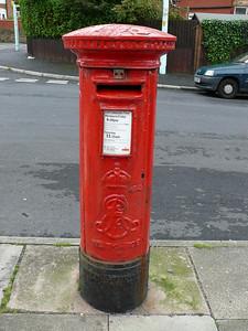 FY2 88 - Blackpool, King George Avenue  Warbreck Road 100920