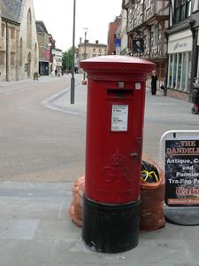 GL1 57 - Gloucester, Southgate Street  Longsmith Street 110718