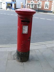 GL20 25 - Tewkesbury, Church Street 110407