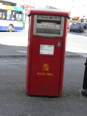 GL50 380 - Cheltenham, Imperial Circus 110407