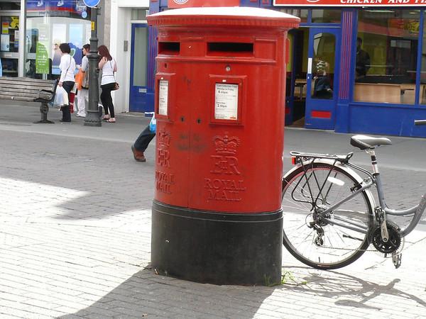 GL50 1001 - Cheltenham, High Street  Benington Street 110407