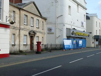 GL52 98 - Cheltenham, Pate's Almshouses, Albion Street 110407 [location]