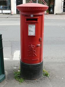 GL52 65 - Cheltenham, Hewlett Road 110407
