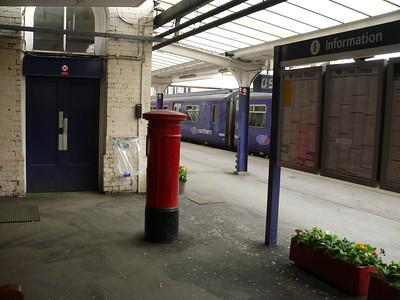 HG1 9 - Harrogate, Railway Station 110426 [location]