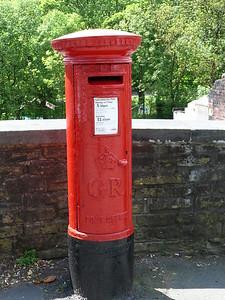 HX2 247 - Luddenfoot Post Office 090526