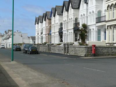IM9 127 - Castletown, The Promenade  King Williams Road 110331 [location]