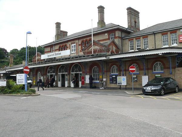 IP2 1047 - Ipswich, Railway Station 110622 [location]