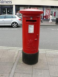 IP33 2005 - Bury St Edmunds, Butter Market 110626
