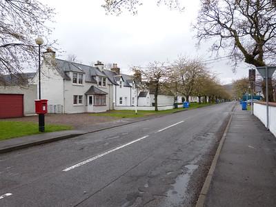IV26 314  - Ullapool, Market Street 150429 [location]