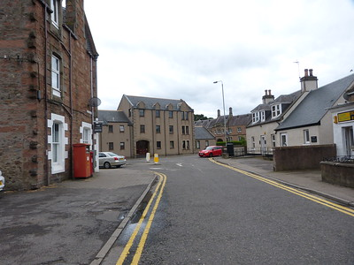 IV3 3  354 - Inverness, Montague Row : Tomnahurich Street : Glenurquart Road 170625 [location]