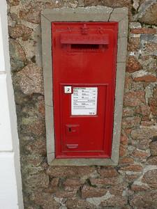JE2 12 - St Helier, Mont Pinel  Douro Terrace 110418