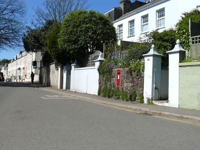 JE2 13 - St Helier, Rouge Bouillon  Drury Lane 110412 [location]