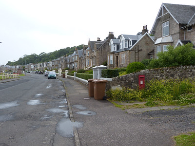KA28 74 - Isle of Cumbrae, Millport, West Bay Road 160627 [location]