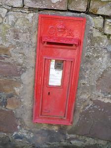 KW10 66 - Dunrobin Castle [North Gate] 150428