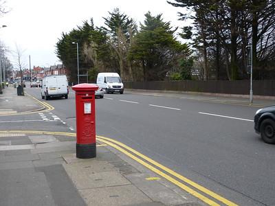 L23 348 - Crosby, Grosvenor Avenue, Liverpool Road 160401 [location]