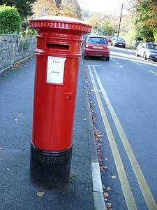 LL29 2 - Colwyn Bay, Pwllycrochan Avenue  Conwy Road 101123