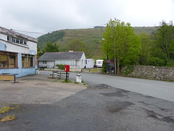 LL33 334 - Abergwyngregyn, nr Aber Falls Hotel 170512 [location]