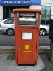 LS1 52 - Leeds, Wellington Street  Lisbon Street 110214