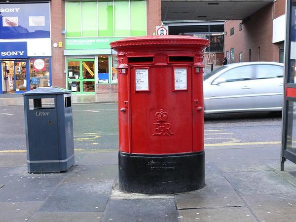 LS2 692 - Leeds, Vicar Lane 110126