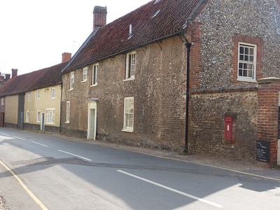 NR22 2204 - Little Walsingham, Knight Street 130827 [location]