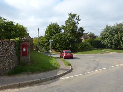 NR22 2200 - Great Walsingham, Hindringham Road 130827 [location]