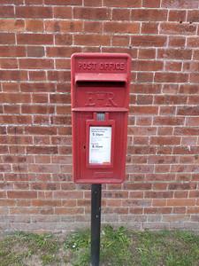 NR22 2201 - Houghton St Giles, Fakenham Road 130827