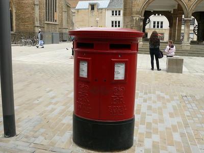 PE1 134 - Peterborough, Cathedral Square 110613