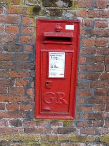 PE30 31 - Kings Lynn, Gayton Road, Gaywood Cemetary Entrance 130819