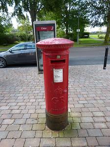 PH33 2 - Inverlochy PO, Battlefield Crescent  Montrose Avenue 120904