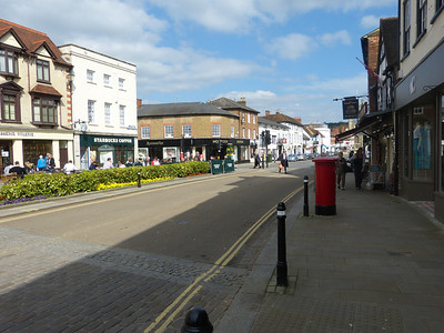 RG9 31 - Henley, Market Place 140409 [location]