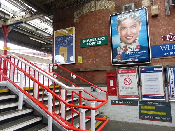 SK3 101 - Stockport, Railway Station [steps to platforms 1 & 2] 140903 [location]