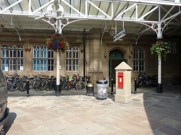 SY1 10 - Shrewsbury, Railway Station Forecourt 140723 [location]