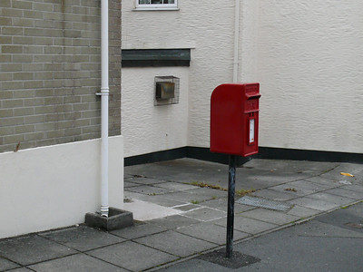 TR1 128 - Truro, Kenwyn Street Post Office 090609 [location]