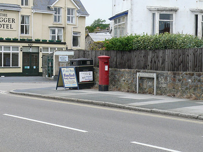 TR18 66 - Penzance, Marine Terrace 090609 [location]