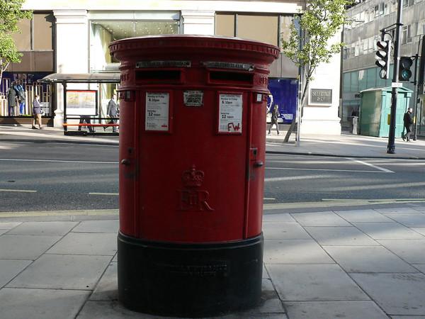 W1 78 - Oxford Street 090910