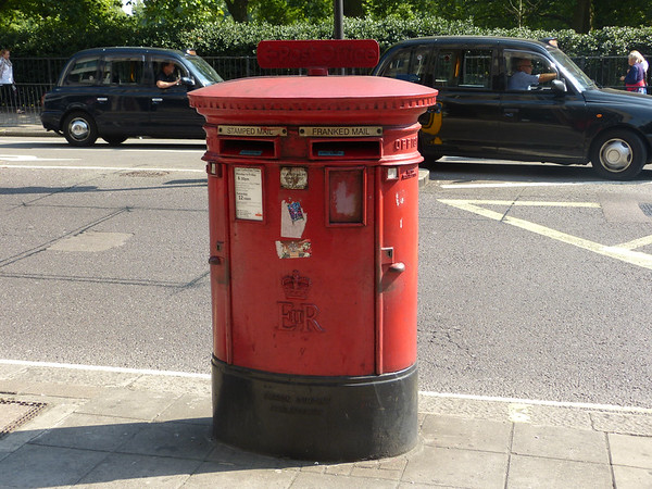 W1 70 - London, Piccadilly  Half Moon Street 130905