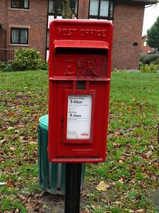 WA6 38 - Helsby, Chester Road  Lower Robin Hood Lane 101118