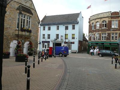 WR11 2 - Evesham, Market Place 110726 [location]