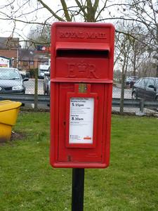 WR8 400 - Upton-on-Severn, Church Street 130324
