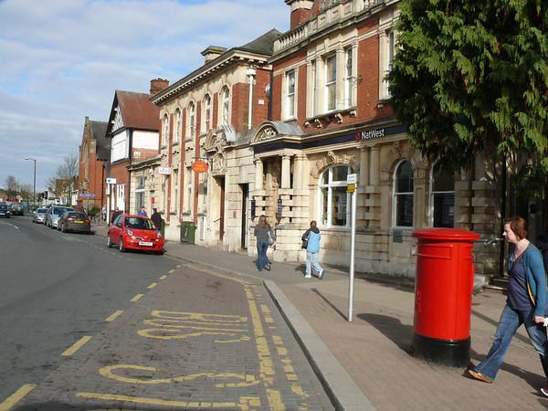 WR9 491 - Droitwich PO, Victoria Square 110407 [location]