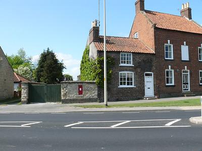 YO17 1 - Old Malton, Town Street 110428 [location]