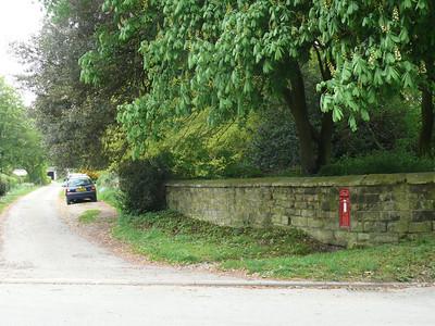 YO17 33 - Birdsall Kennells Manor House 110428 [location]