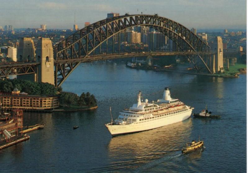 ISLAND PRINCESS Sydney