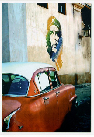 Che and Havana Car
